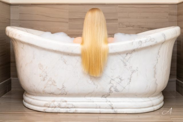 post hotel Leavenworth Washington marble bathtub